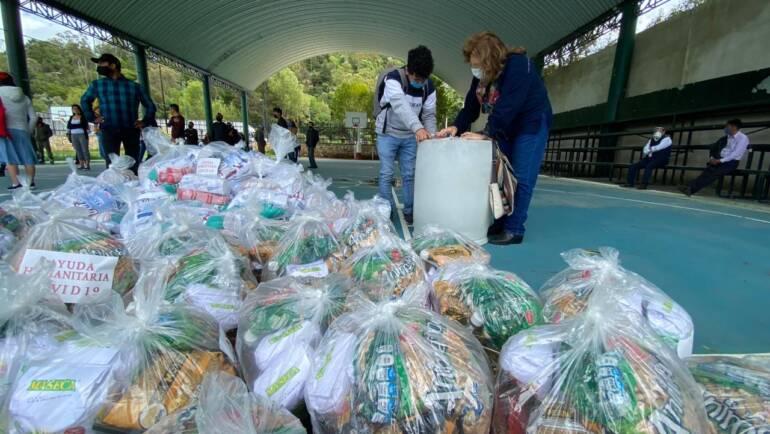 Entrega Ayuntamiento despensas a trabajadores agremiados a CANIRAC San Cristóbal