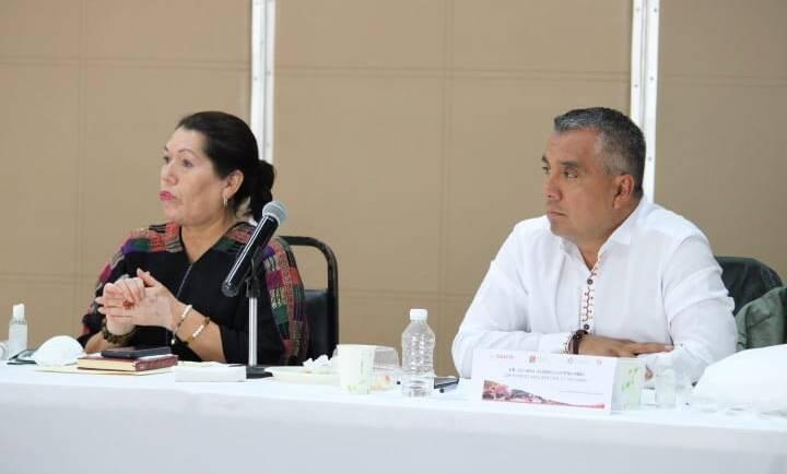 Encabezan presidenta Toledo Villalobos y Dr. Coutiño Niño reunión informativa con la Red de Municipios por la Salud Región Altos Tsotsil-Tseltal
