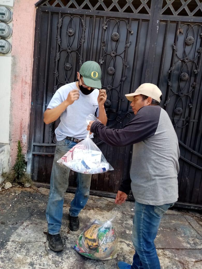 Continúa Ayuntamiento la entrega de despensas a ciudadanía en situación de máxima vulnerabilidad