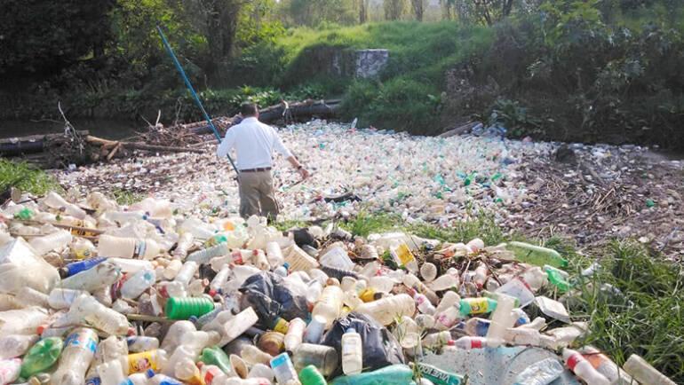 Realiza Protección Civil Municipal limpieza de río en Fraccionamiento Montes Azules