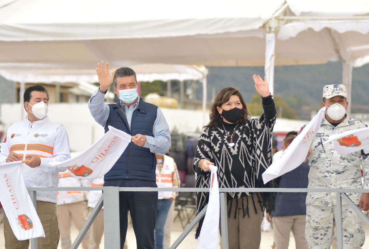 Entrega Gobierno de Chiapas cobertores y colchonetas a personas vulnerables ante la temporada invernal 2021