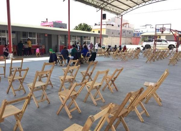 Módulo de vacunación contra la Covid-19 en CECyT San Cristóbal de Las Casas