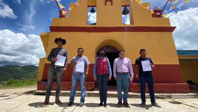 Entrega Ayuntamiento de San Cristóbal nombramiento a ranchería Corazón de Jesús