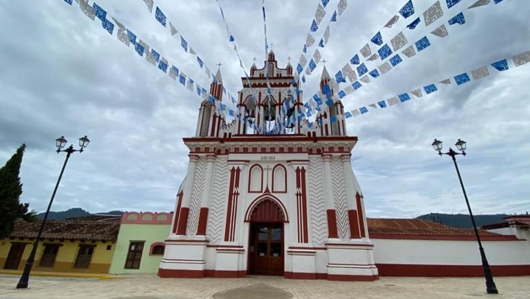 Entrega Gobierno de Chiapas obra de recuperación en el Barrio de Mexicanos en SCLC