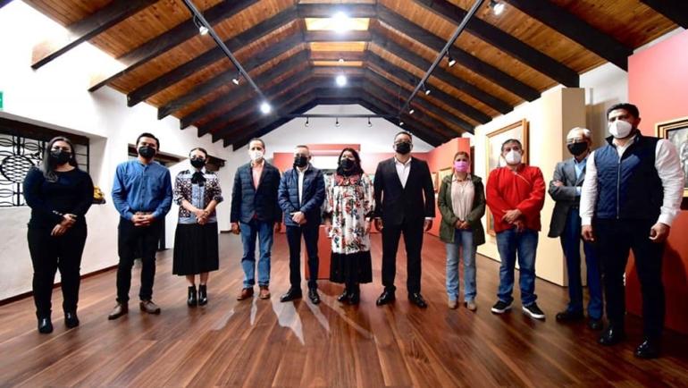 Inaugura Ayuntamiento de San Cristóbal Colección Municipal de Arte Sacro de los Siglos XVIII y XIX